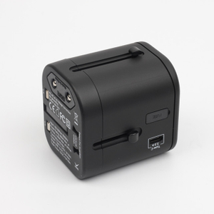 13685C Universal Travel Adapter Socket Plugs Multi Plug Outlet 4500mA Worldwide Wall USB Charger